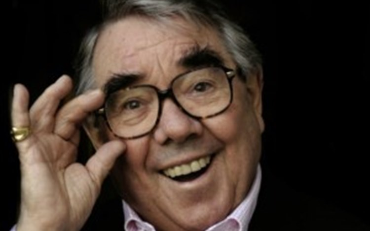 Ronnie Corbett passes away from MND