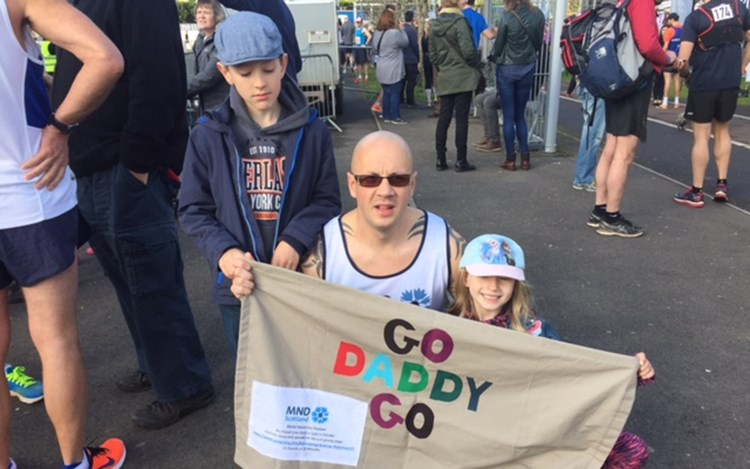 Dumfries Dad Runs 100 miles for MND