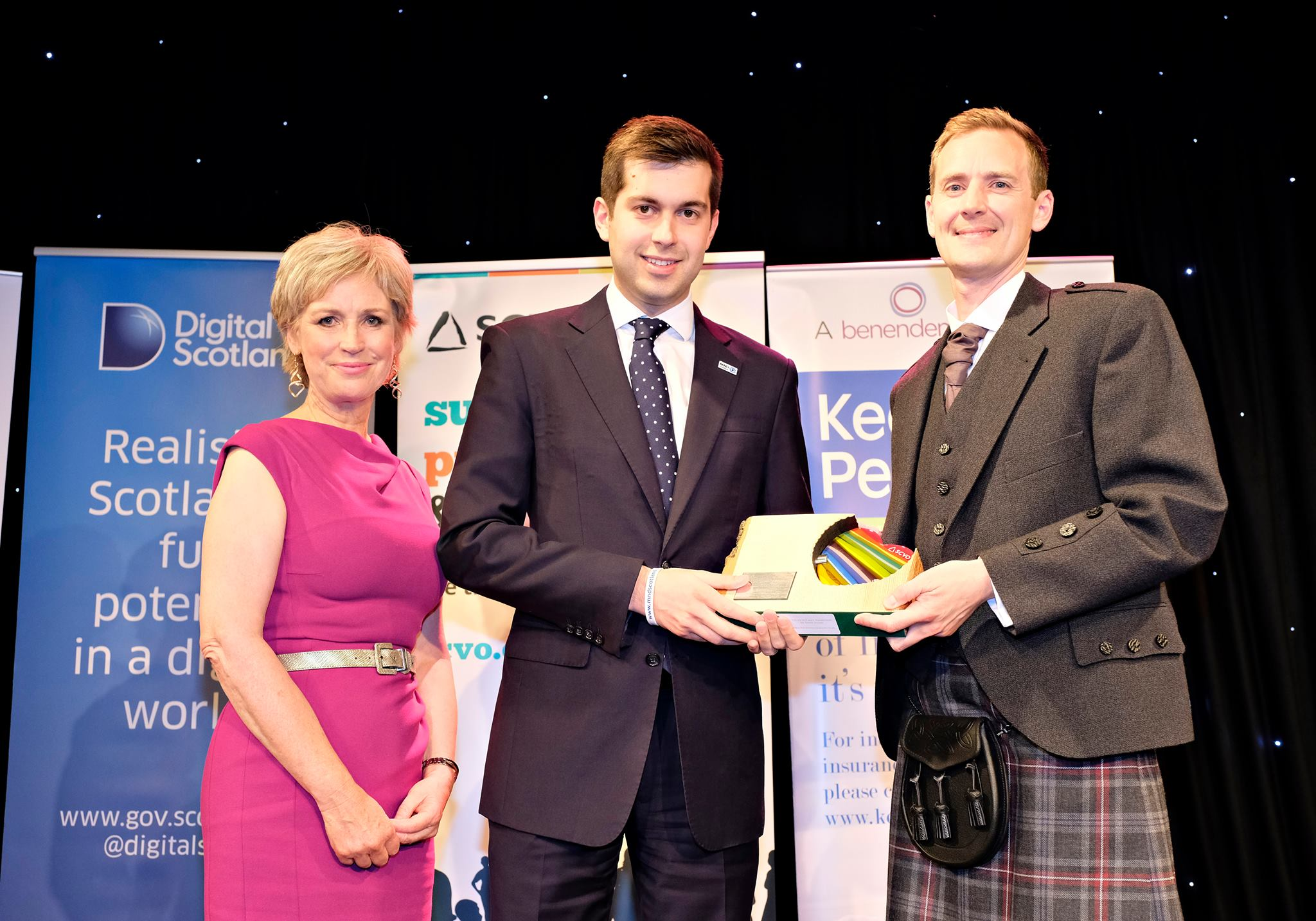 Gordon Aikman wins top award for campaigning