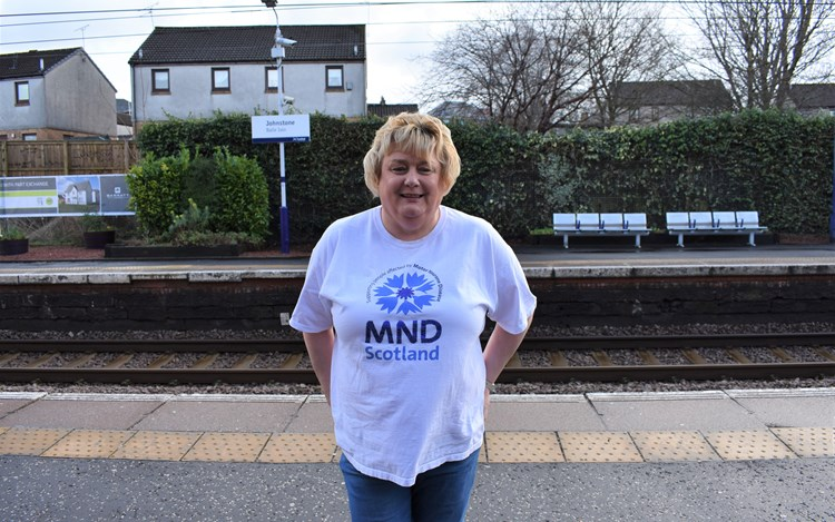 Johnstone woman to take 10,000 steps to raise £10,000
